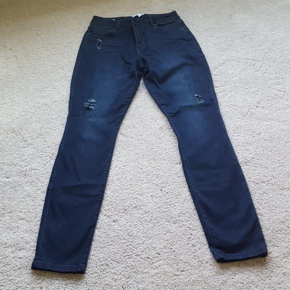 CAbi Denim - CAbi curvy skinny jean size 8